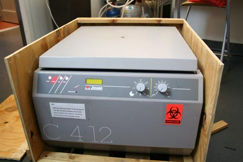 Our *new* Jouan Centrifuge arrives (not pictured: Ecstatic Dave)
